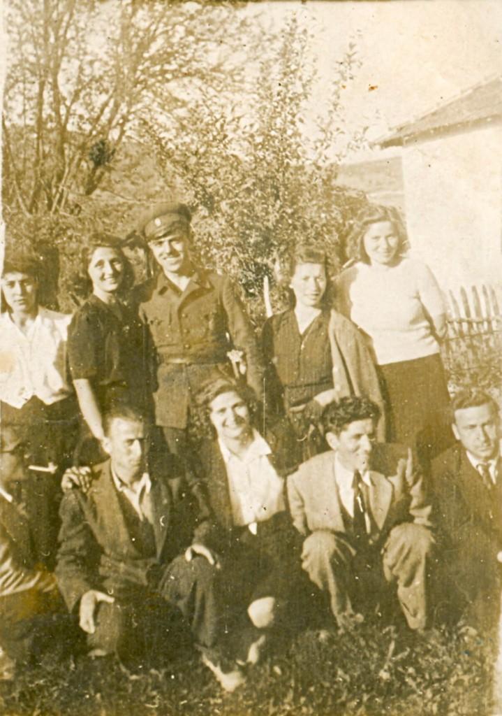 38 Na Blagi petak v selo Zeljusa 1941.